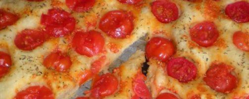 Focaccia con Pomodorini e Mozzarella Bimby