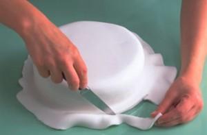 pasta di zucchero su torta
